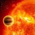 "Artist's impression of a scorching ""Hot Jupiter"" orbiting its parent star at close range (Illustration: NASA)."