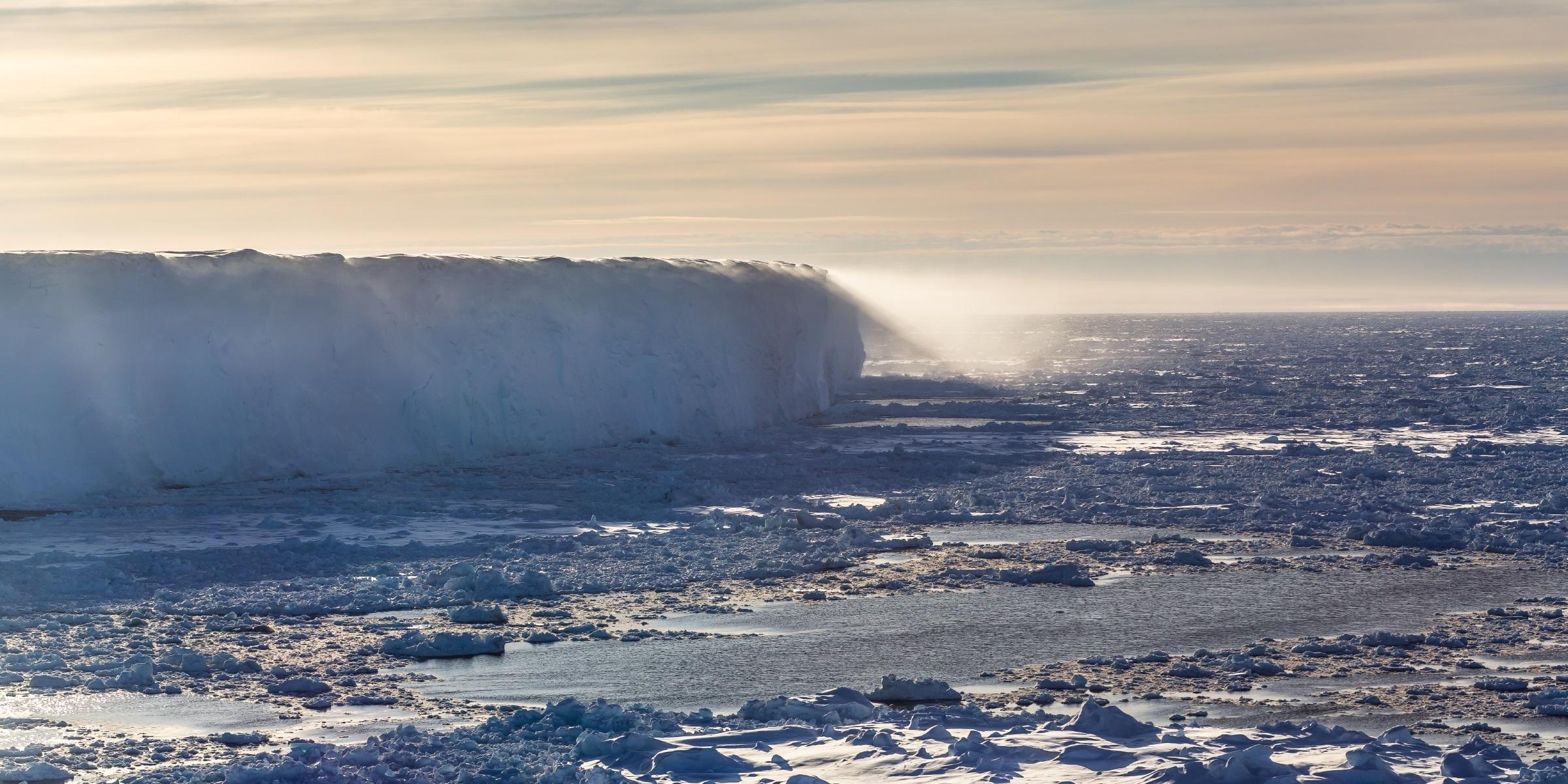 Shelf ice edge in the Atka Bay, eastern Weddell Sea, off the coast of West Antarctica. Credit: Alfred Wegener Institute/Stefan Hendricks.